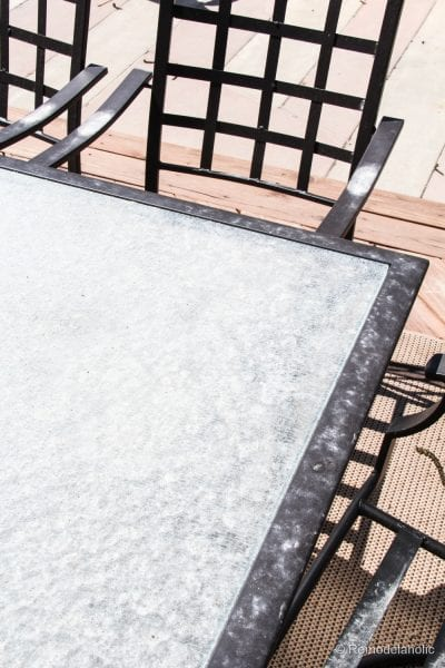 Fall Cleaning Projects: Cleaning outdoor furniture