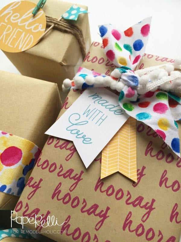 Free Printable Gift Tags - just clip, tape, or tie on any gift for a cute and easy wrapping idea!