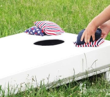how to build a cornhole set from a pallet