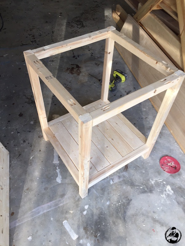 DIY Simple Square Side Table Plans   Step 9