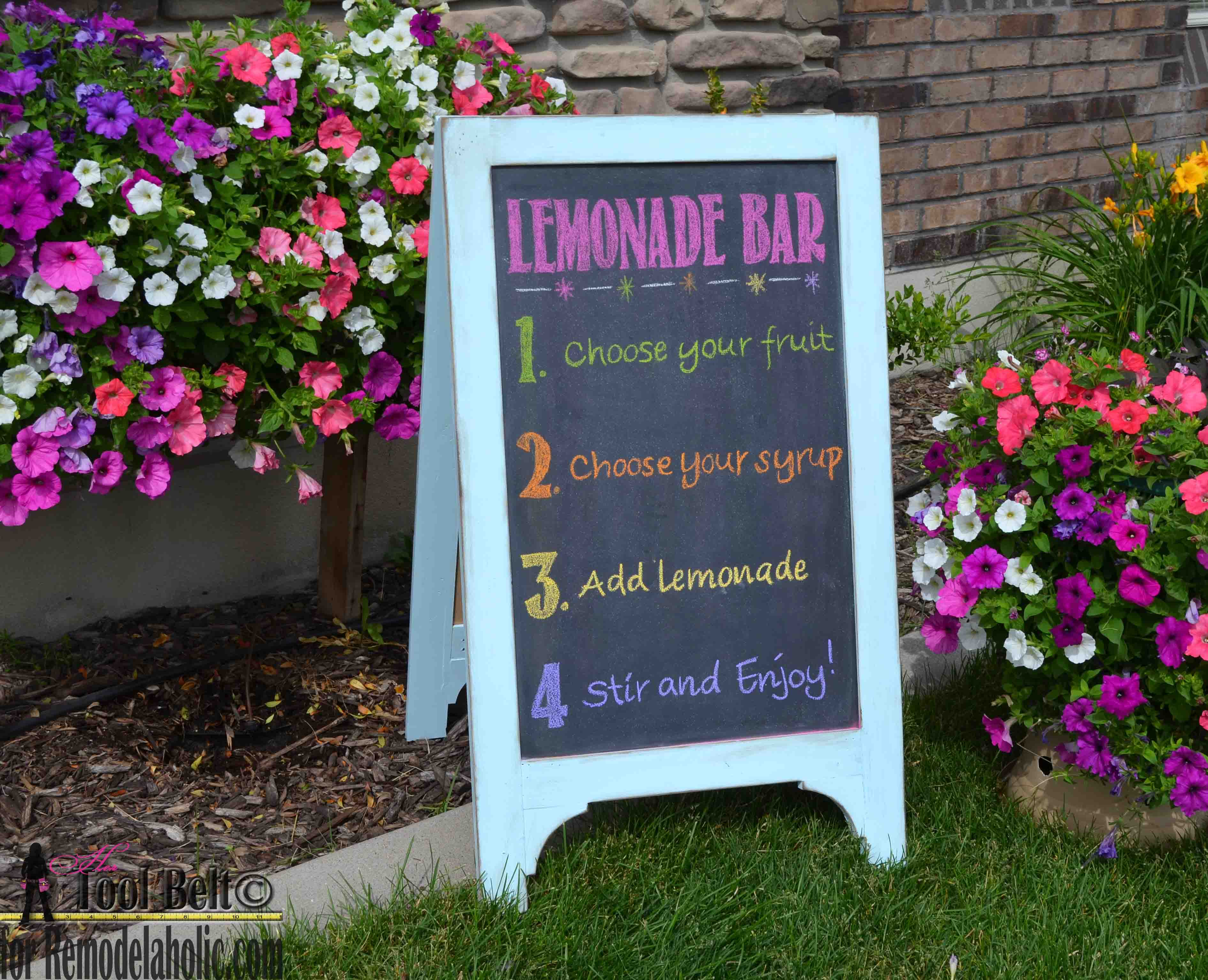 Build A Super Cute Large Diy Chalkboard Easel To Create The Perfect Sign For Your Next