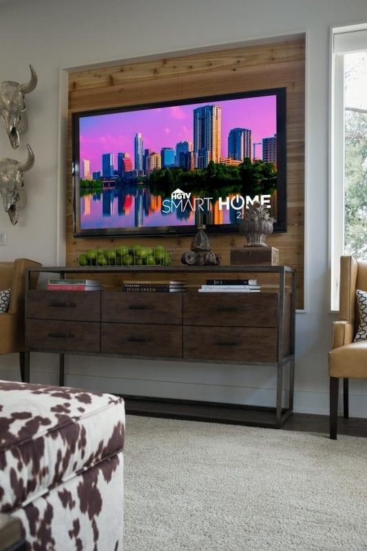 build a wood television niche (HGTV)