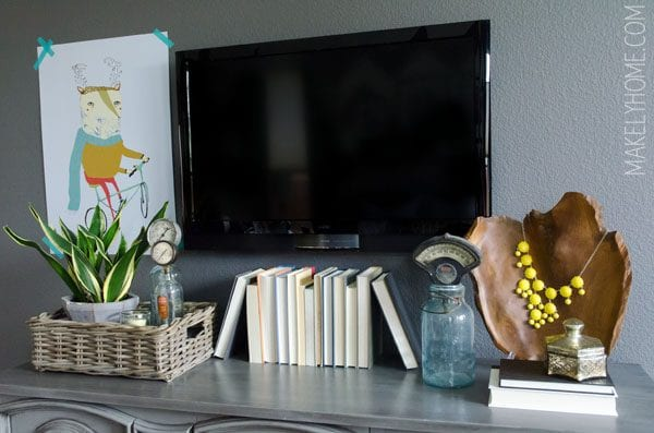 decorating around technology and TV (Makely)