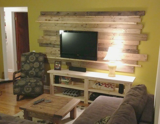 wood planked pallet accent wall behind the TV (Remove and Replace)
