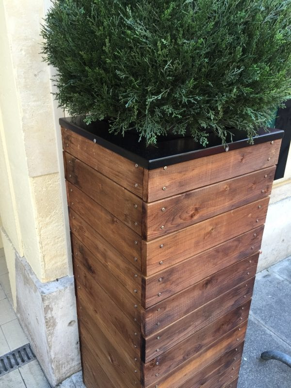 Gorgeous Tall Wooden Planter With Metal Head Accents 3 Feet Build It