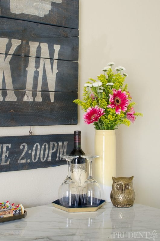 Vintage Hotel Style Sign by A Prudent Life for Remodelaholic