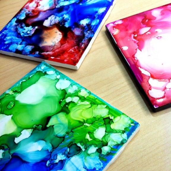 Easy Art Ideas for Kids Room Decor: colorful permanent marker tile art (Sharpie)