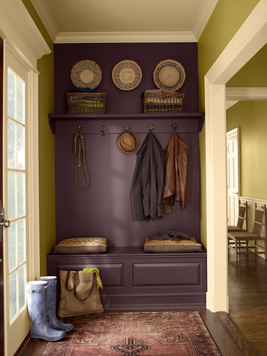 dark purple painted entry foyer (via Apartment Therapy)