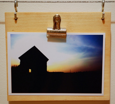 diy hanging photo clipboard (curbly)