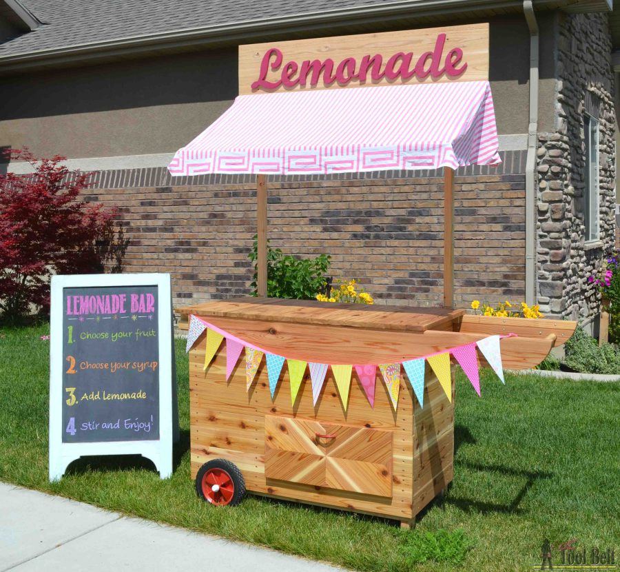 7 awesome outdoor projects july link party for How to build a lemonade stand on wheels