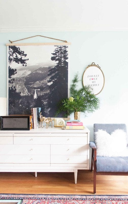 easy way to hang an engineer print (Lay Baby Lay)