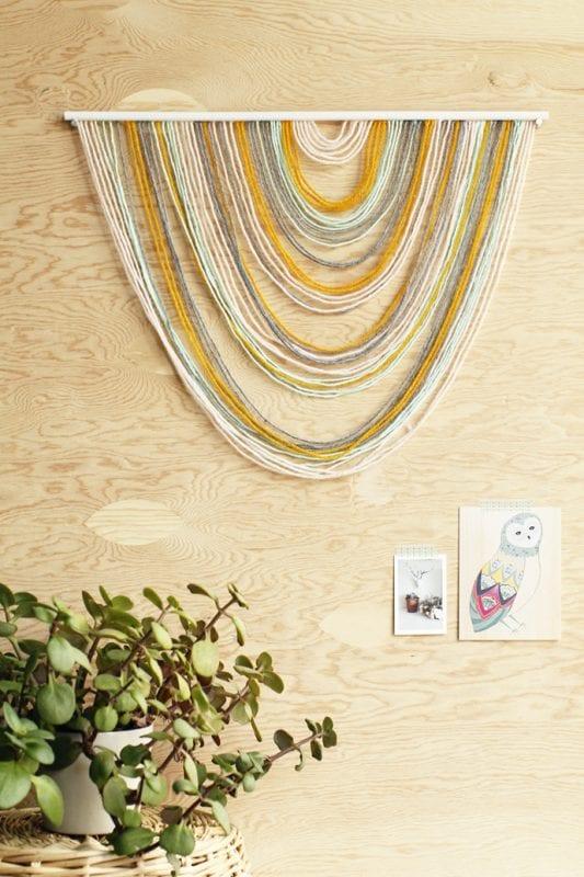 Easy Art Ideas for Kids Room Decor: easy yarn art tapestry (For The Love Of)