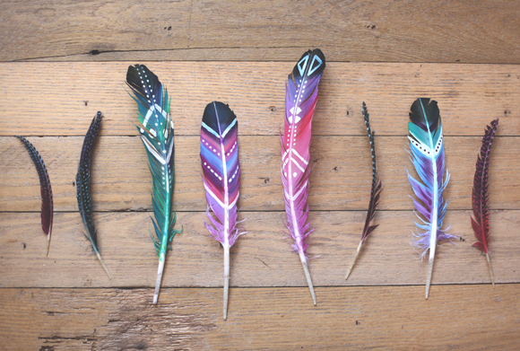 Easy Art Ideas for Kids Room Decor: painted feathers art projct (freepeople)