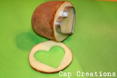 Easy Art Ideas for Kids Room Decor: use a cookie cutter for a potato stamp (capscreations)