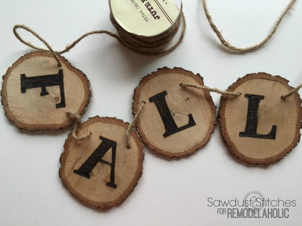 DIY fall woodslice banner www.remodelaholic.com