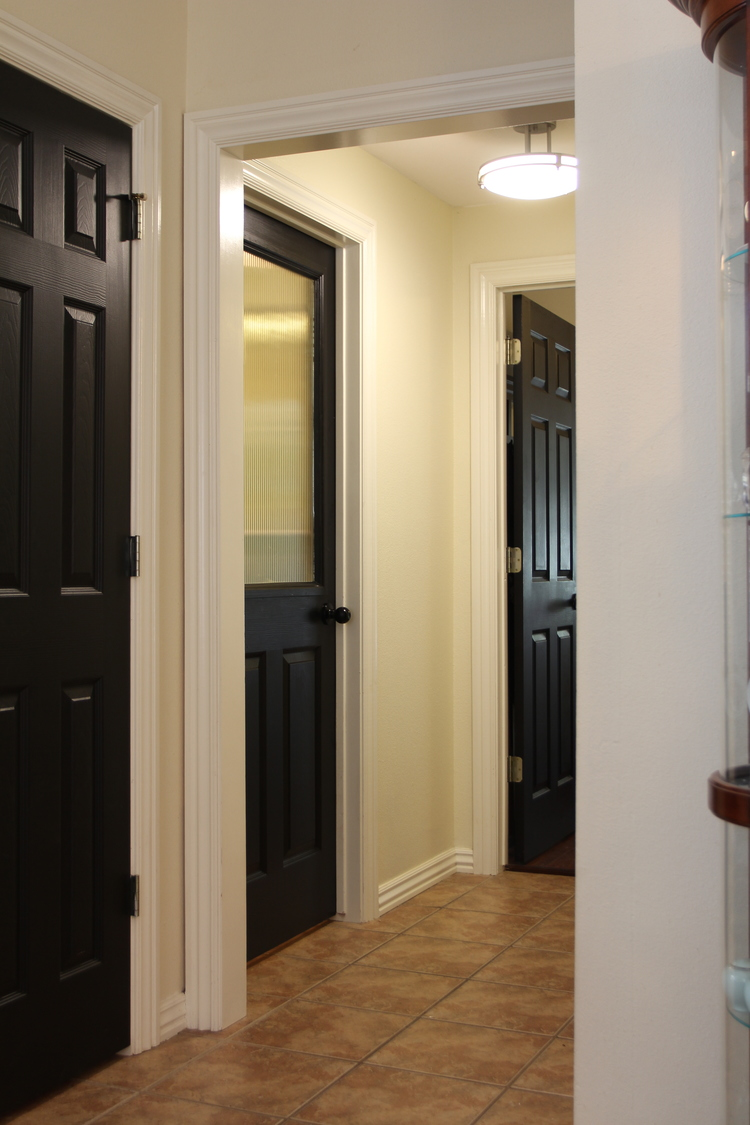 How To Add A Glass Window Hollow Core Door Remodelaholic Bloglovin