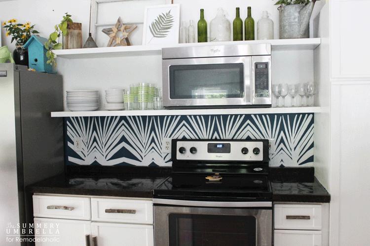 diy-kitchen-backsplash-stencil-2