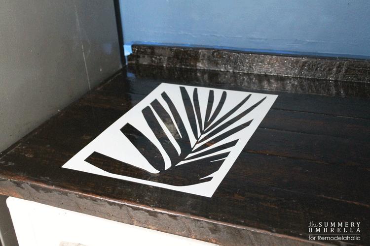 diy-kitchen-backsplash-stencil-6