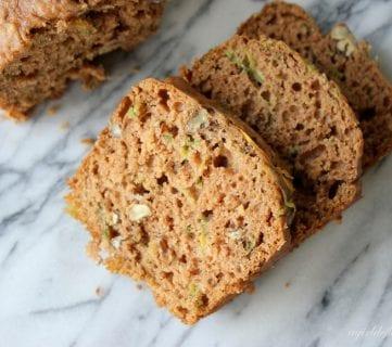 Gluten Sensitive? Try These 25 Gluten-Free Bread Recipes!