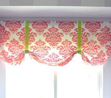 Easy No Sew Window Valance from a Crib Sheet