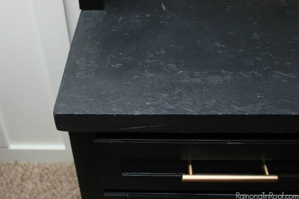 Jenna Rain on a Tin Roof diy faux stone countertop review, tips and tricks featured on Remodelaholic.com
