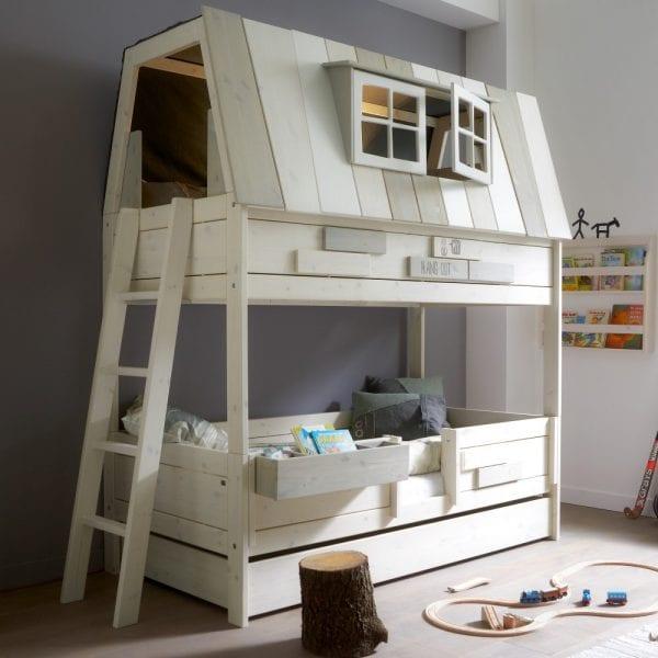 awesome house bunkbed via Cuckooland