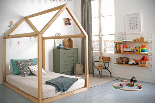 build a simple floor bed with a wood house frame for kids bonnesoeurs via apartment therapy - Kids Bed Frame