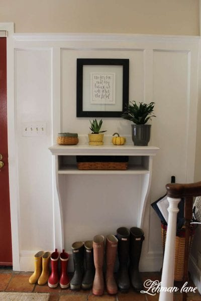 build your own wall-mount entryway table, tutorial from Lehman Lane on @Remodelaholic