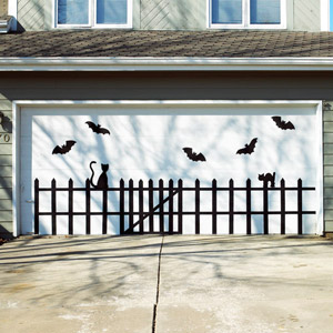 10 Genius Halloween Door Decor Ideas