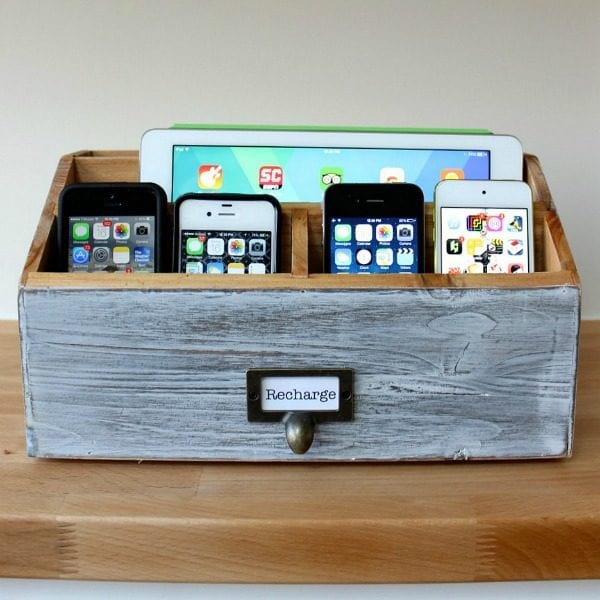 Remodelaholic get rid of cord clutter with these 25 diy Diy cell phone charging station