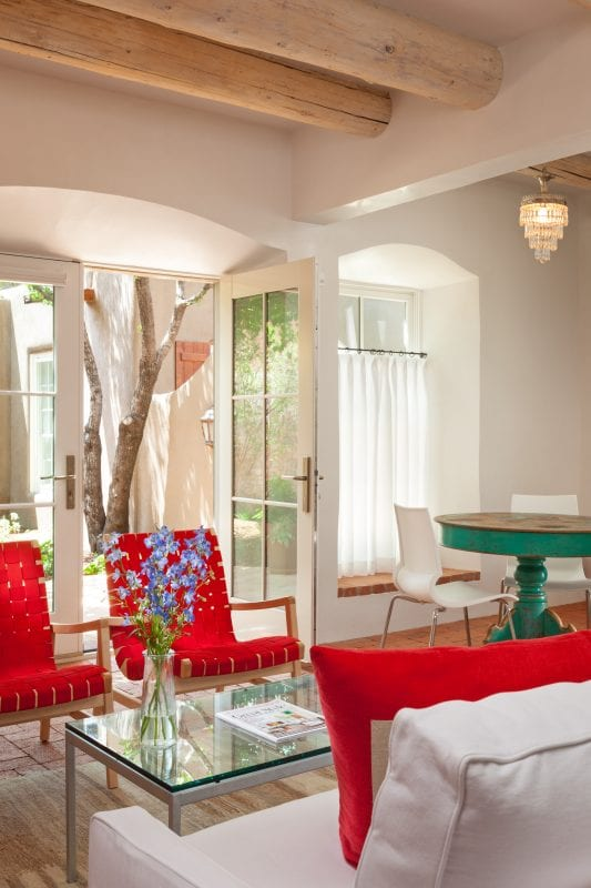 Beautiful sitting area and dining nook by Violante & Rochford Interiors, photo credit © Wendy McEahern