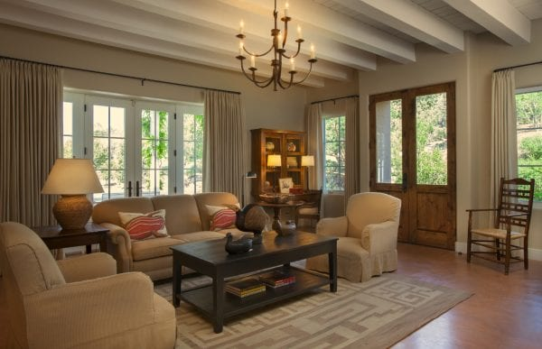 contemporary living room by Violante & Rochford Interiors, photo credit © Wendy McEahern