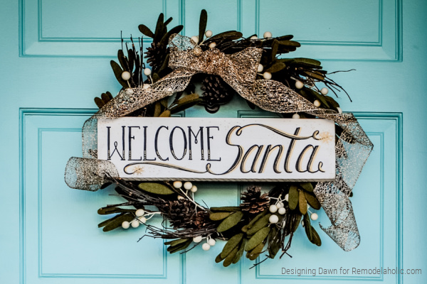 DIY Painted Wood Sign For Welcome Santa Christmas Wreath, Remodelaholic