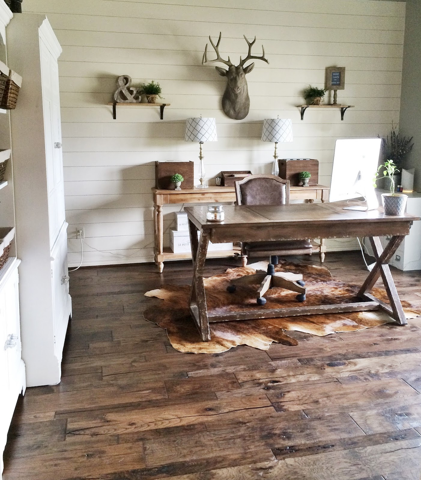 Beautiful Home Office Ideas: How To Install A Shiplap Wall + Rustic