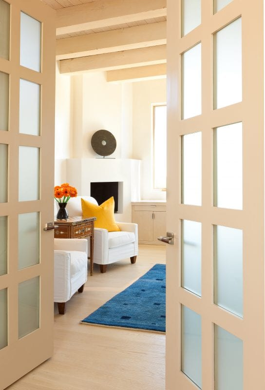 Tips for creating open and airy spaces | by Violante & Rochford Interiors, photo credit © Wendy McEahern