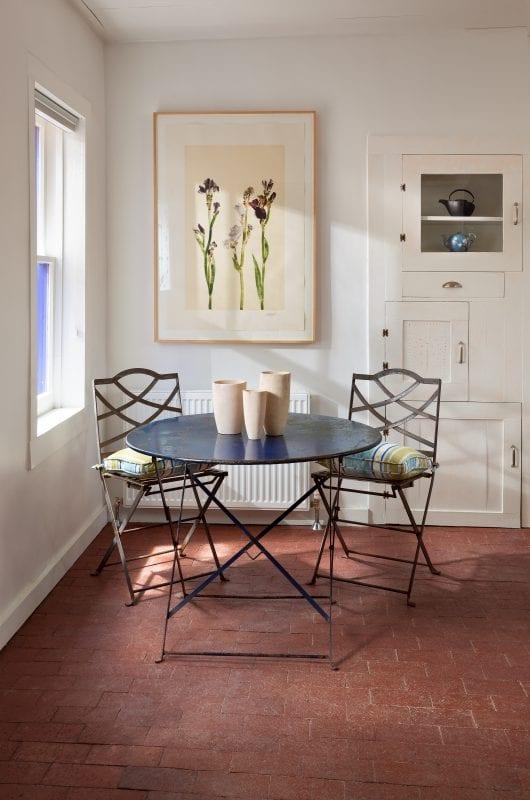 a perfect breakfast corner nook | by Violante & Rochford Interiors, photo credit © Wendy McEahern