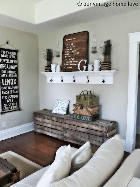 How to decorate a mantel shelf