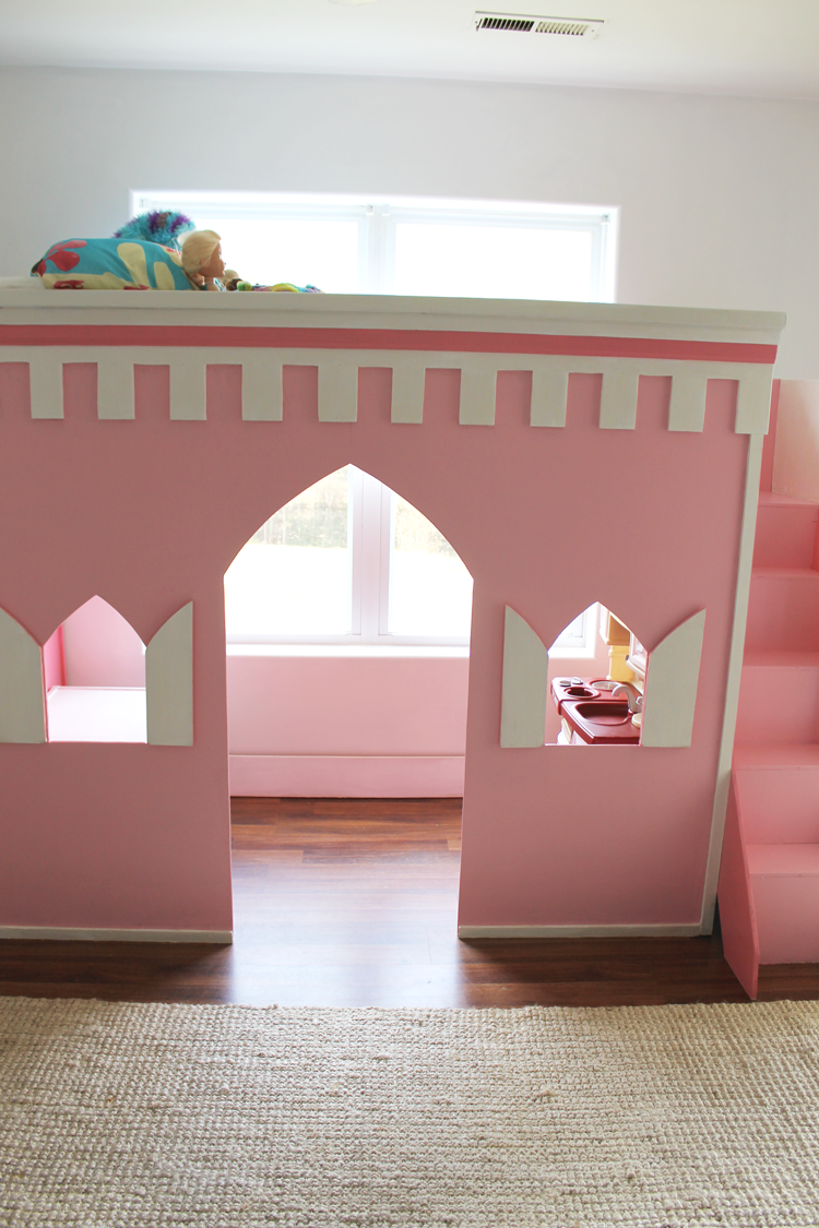 Castle bunk beds for girls home design ideas braun for How to build a castle bed