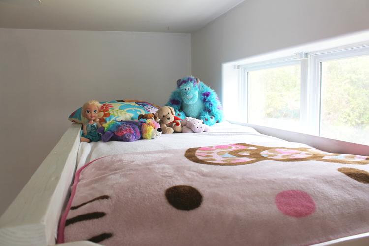 princess-castle-loft-bed-32