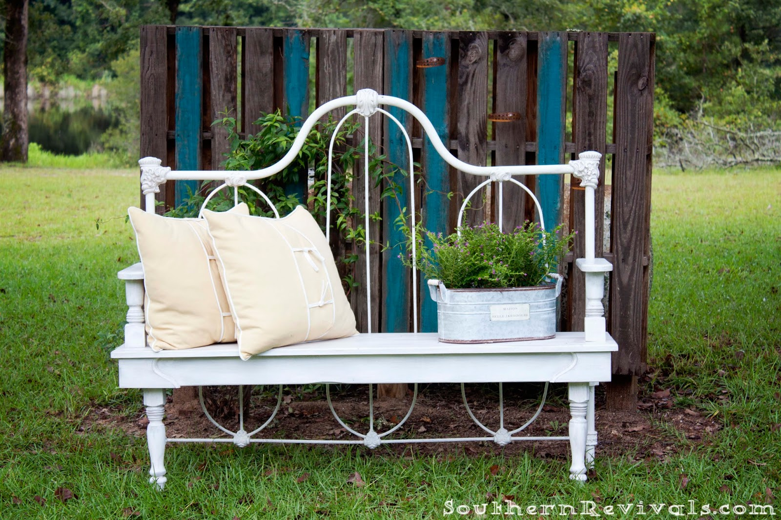 Pleasant Bench Made From Twin Bed Frame 17 Best Images About Bed Dailytribune Chair Design For Home Dailytribuneorg