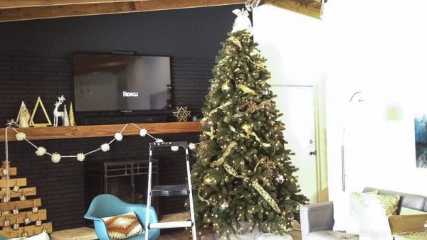 how to decorate an elegant christmas tree remodelaholic 4 - Elegant Christmas Trees