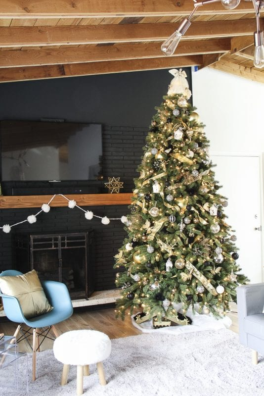 how to decorate an elegant christmas tree remodelaholic 6 of 15 - Elegant Christmas Trees
