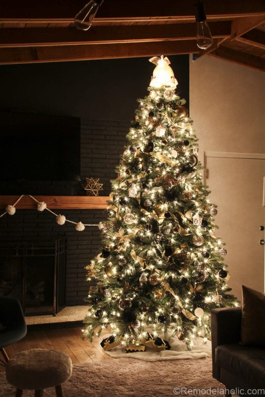 how to decorate an elegant christmas tree remodelaholic 8 of 15