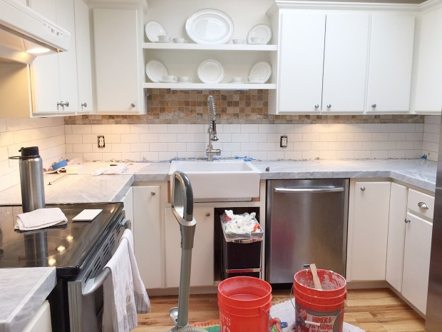 How To Apply Porcelain Subway Backsplash Tiles Over Existing Tile Backsplash Zevy Joy Featured On