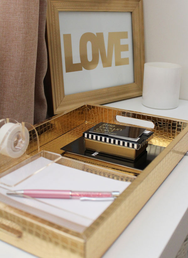 Office Decorating Ideas For Work Desk Accessories