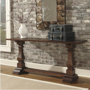 Gorgeous console table for an entryway, just like something I saw on Fixer Upper | 100+ Beautiful Mudrooms and Entryways at Remodelaholic.com