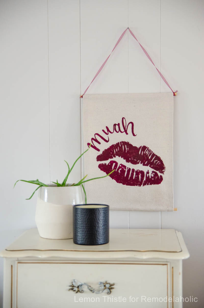 Remodelaholic diy valentine 39 s day wall hanging Diy valentine s day decorations for home