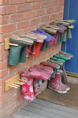 Brilliant boot storage idea!