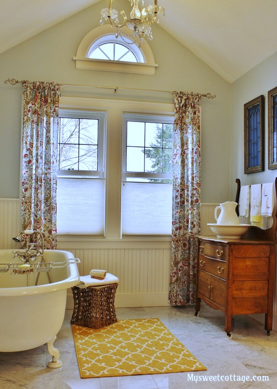 Remodelaholic gorgeous 1920 39 s cottage master bathroom for Bathroom ideas 1920 s