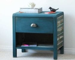 nightstand-faux-barnboard-feature